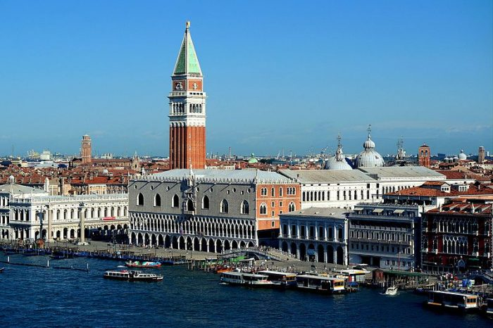 Venezia_-_Panorama_007,_San_Marco_e_Palazzo_ducale
